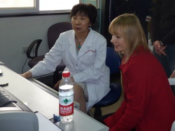 Denise Pugash (right) at Hubei Womens and Childrens Hospital.