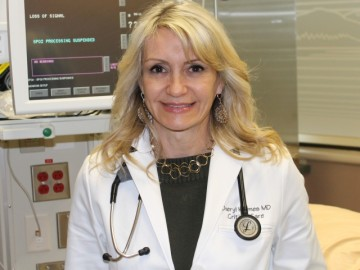 Dr. Cheryl Holmes