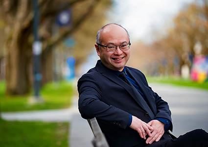 Dr. Roger Wong