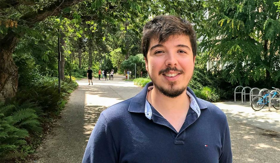Luis Felipe Sanz is a Bachelor of Medicine student from Brazil