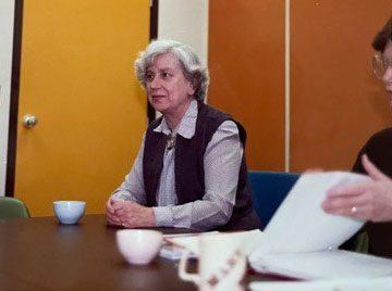 Dr. Anne Crichton